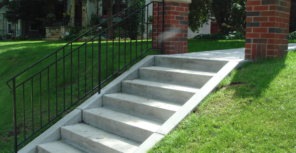 Terrace steps mike hage distinctive concrete masonry for Terrace stairs