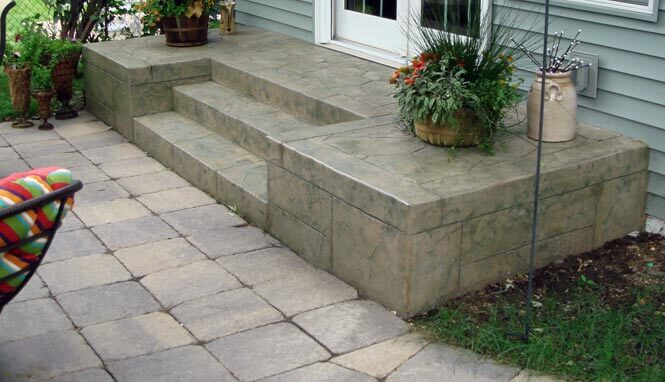 Concrete Entrance Steps in Minneapolis, MN